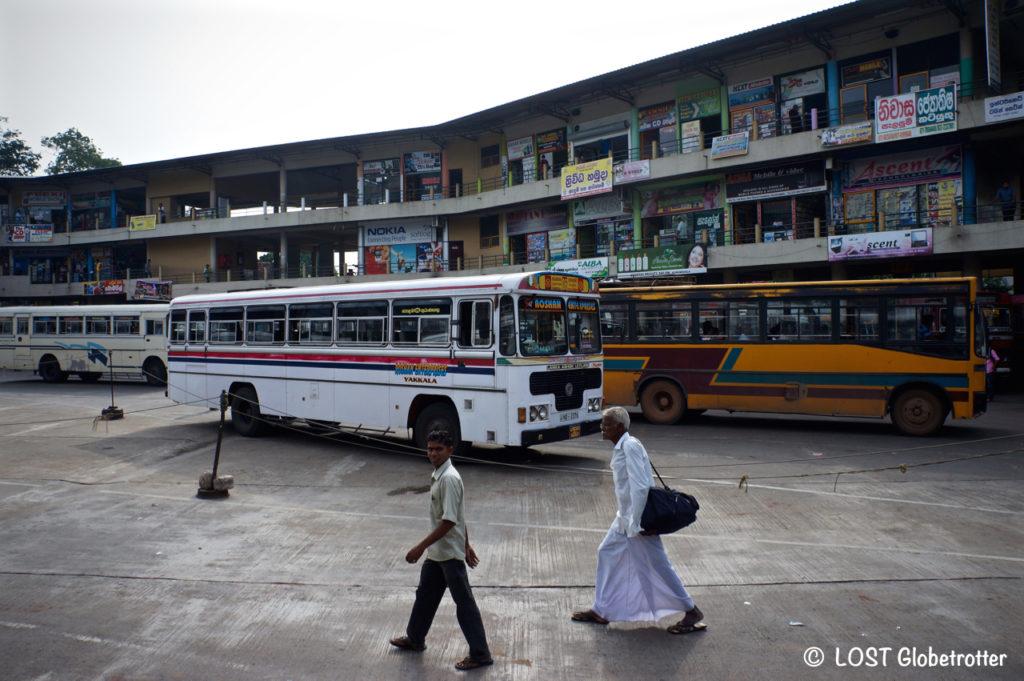 Autobusové nádraží v Negombo, Srí Lanka